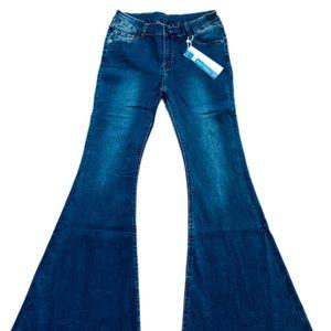 Jeans - 💙 Boho Bell Bottoms Hippie Jeans! Size 27